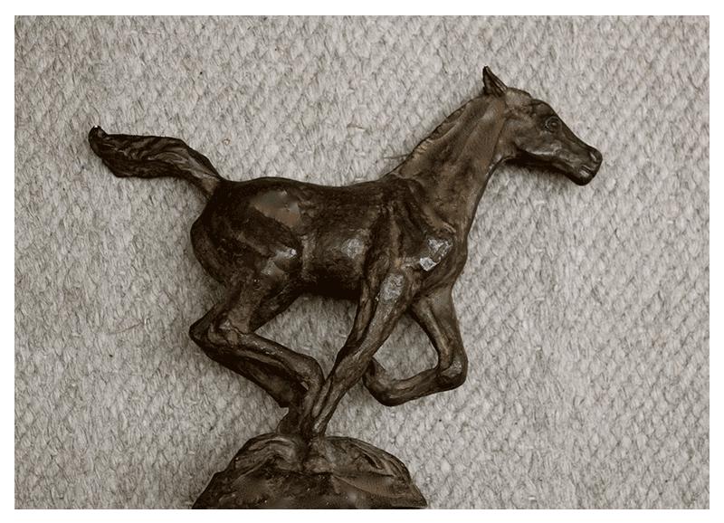 rq-art.com-clara-quien-sculptures04-Colt